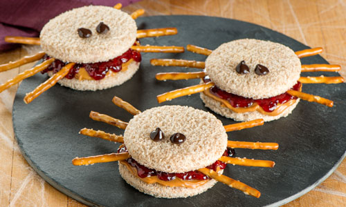 Halloween Hamburgers.13 Spookalicious Halloween Party Snacks Treats First