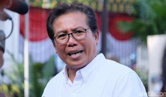 Jubir Presiden Jokowi Mengelak saat Ditanya Soal Habib Rizieq