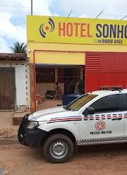 Assaltantes invadem hotel e levam cordões de ouro do proprietário em Lagoa Grande