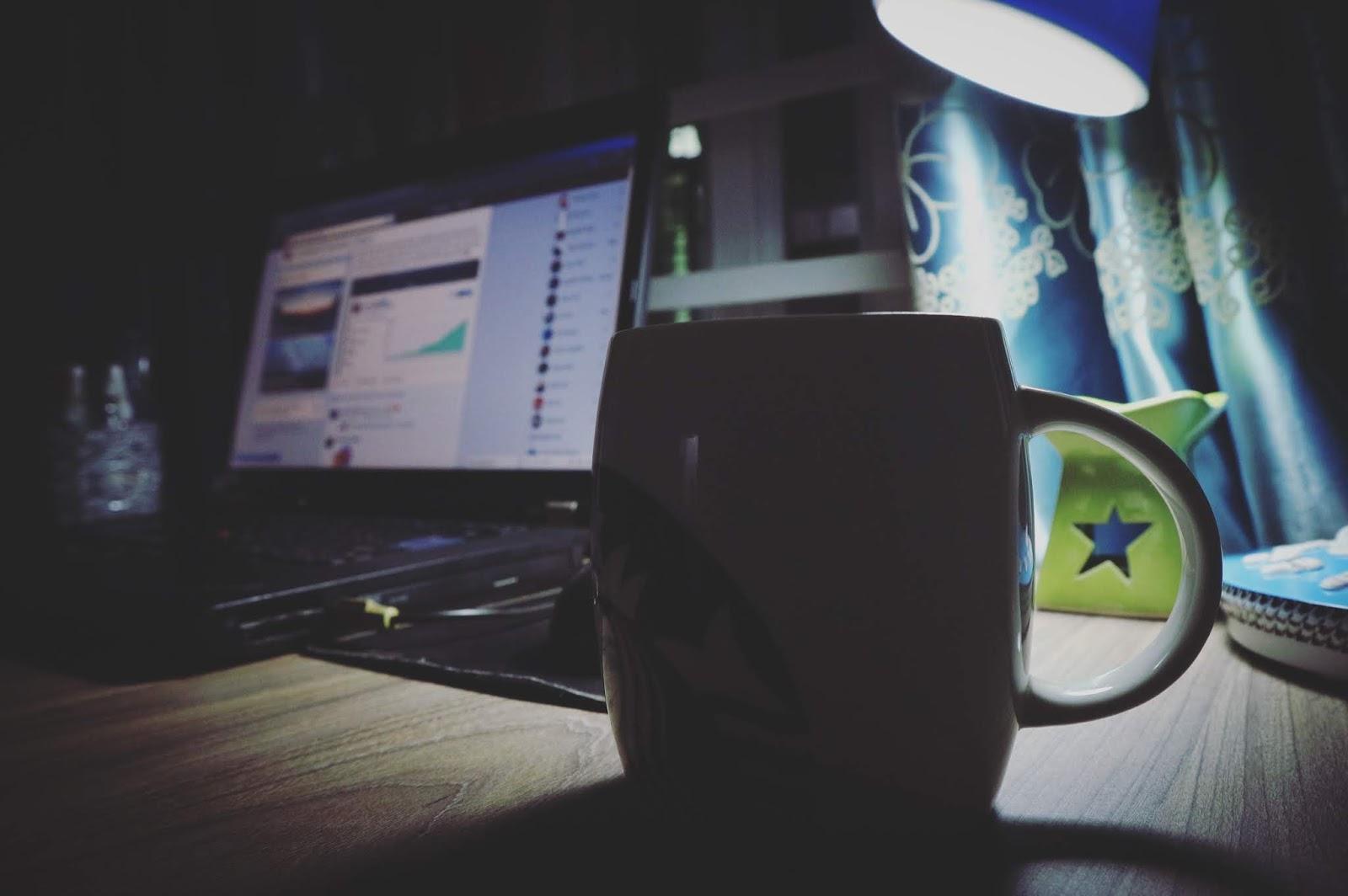 دورة الربح من اليوتيوب - هل يمكن الإعتماد على اليوتيوب كمصدر ربح أساسي في الحياة ؟
