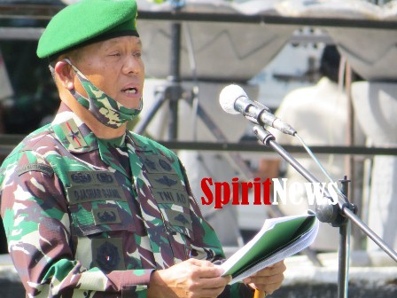 Danrem 141/Tp Brigjen TNI Djashar Djamil, S.E., MM, Pimpin Upacara Serah Terima Jabatan Dandim 1405/Mlts