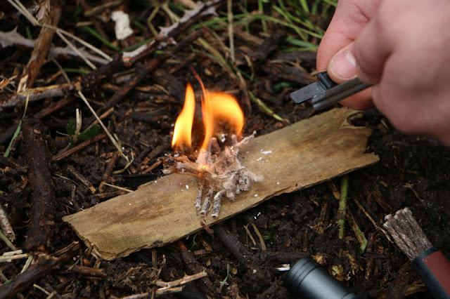 membuat api tanpa korek api