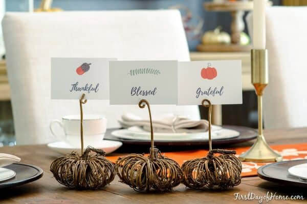 mini grapevine pumpkin place card holders