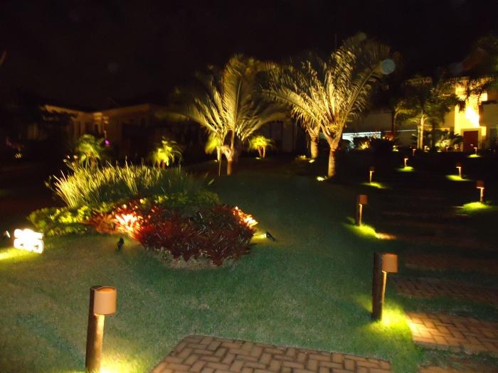 Iluminao Residencial para Jardins Iluminao em Jardim