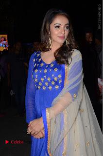 Telugu Actress Tejaswi Madivada Pos in Blue Long Dress at Nanna Nenu Na Boyfriends Audio Launch  0035.JPG