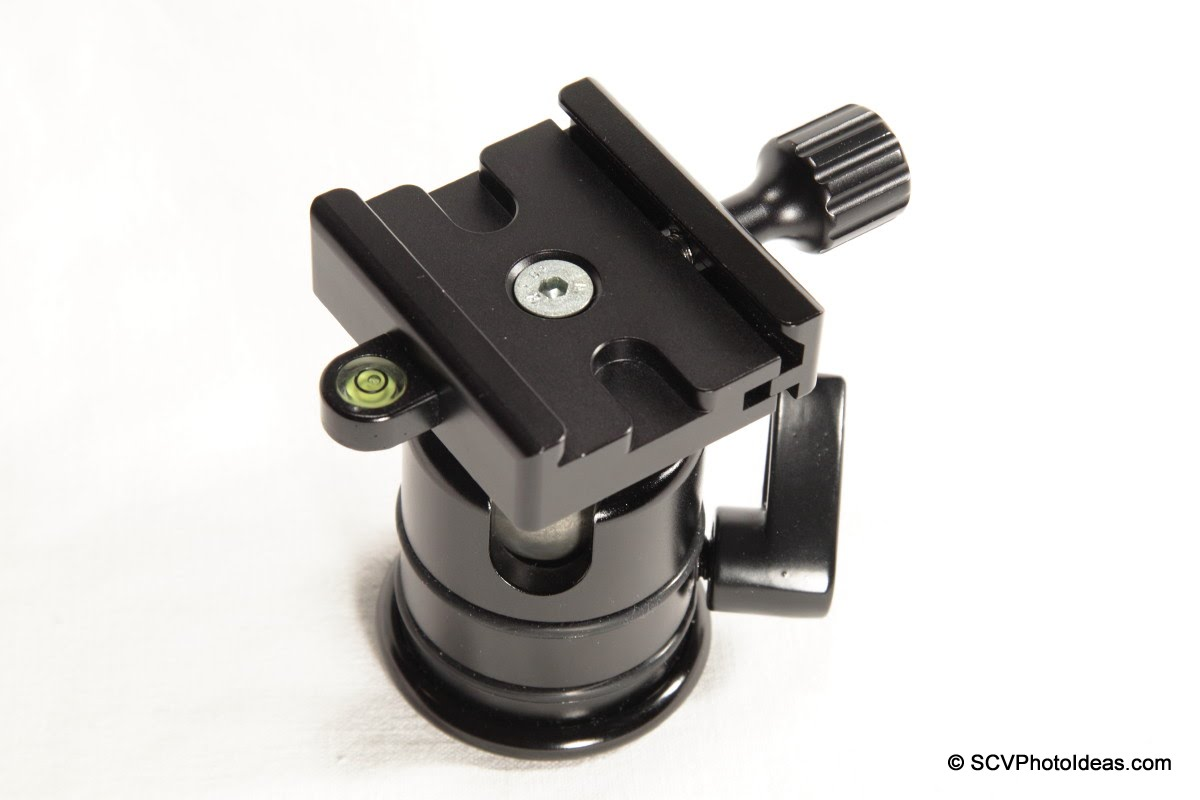 Desmond DAC-02 QR Clamp onTriopo RS-3 ball head