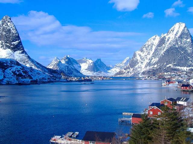 The majestic mountains and deep-blue waters of the Reinefjord in Lofoten, Norway. Photo credits: Innovation Norway, Andrea Giubelli and Visitnorway.com. Unauthorized use is prohibited.