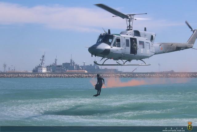 La Armada realiza un ejercicio de desactivado de explosivos en Cádiz