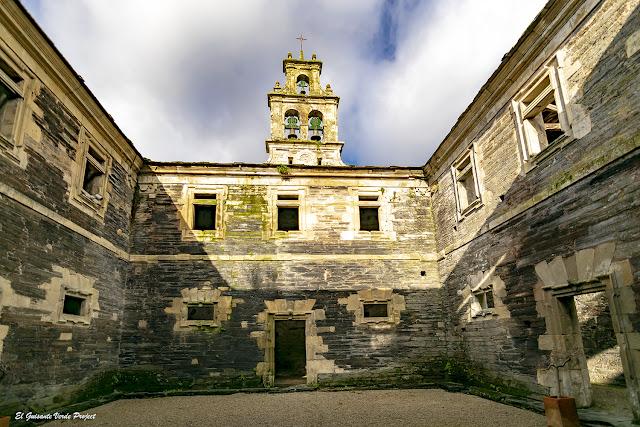 Antiguo Monasterio de Santa María en Villanueva de Oscos - Asturias