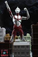 S.H. Figuarts Ultraman (Shin Ultraman) 28