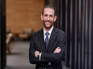 وفاة خالد بشارة،صول جثمان خالد بشارة إلى كنيسة مارمرقس الرئيس التنفيذي لشركة أوراسكوم للتنمية القابضة