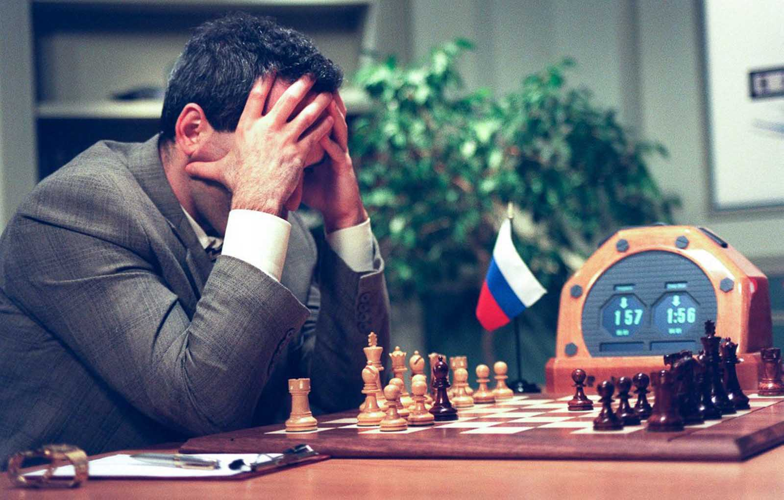 Kasparov considers his next move early in Game 5.