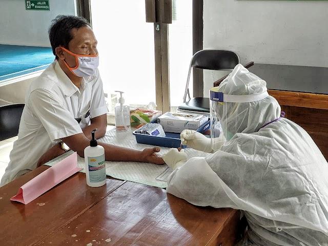 Demi Keselamatan, 563 Petugas Panwas di Kebumen Jalani Rapid Test