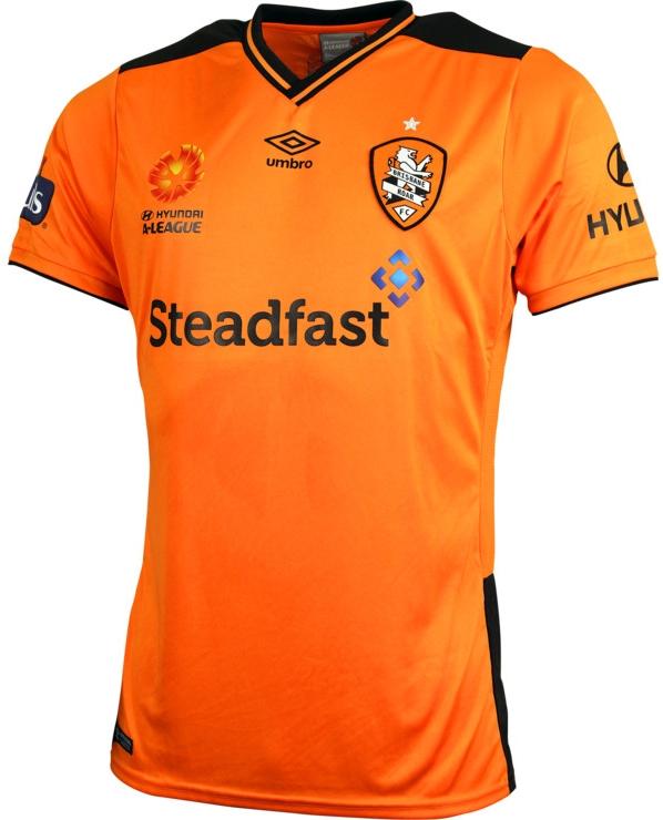 081f4fab76 Umbro lança novas camisas do Brisbane Roar - Show de Camisas