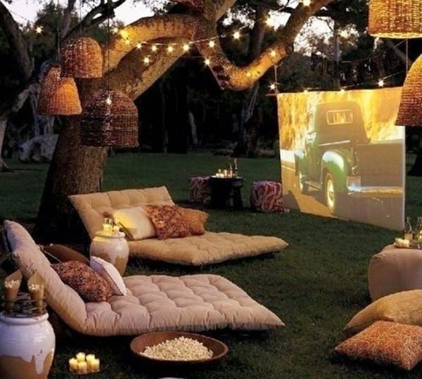 1.) Set up a lounge movie theater in the back yard using floor cushions. - These 29 Do-It-Yourself Backyard Ideas For Summer Are Totally Awesome. Definitely Doing #10!