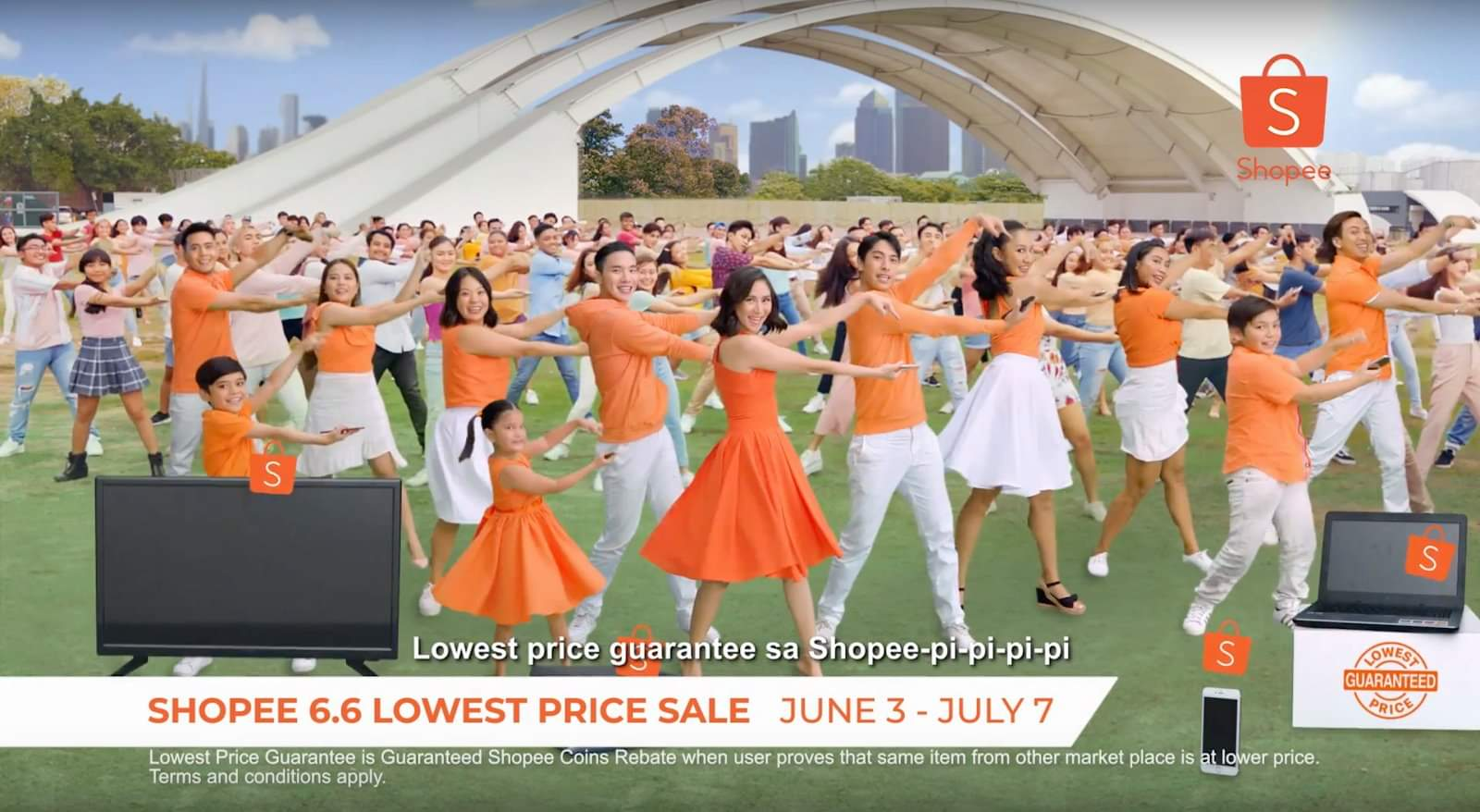 Shopee television commercial with Sarah Geronimo