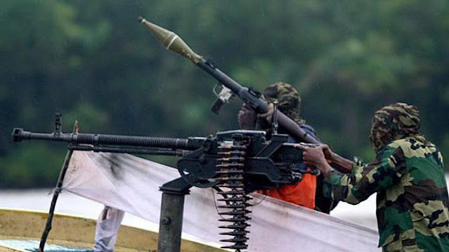 Militants blow up pipeline in Delta