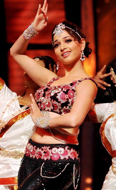 glorious Tamanna hot stage performance stills gallery
