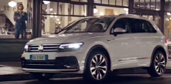 Canzone Volkswagen Tiguan Macchina bianca che cammina per la città Pubblicità | Musica spot Ottobre 2016