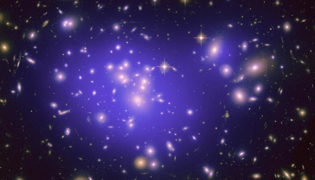 Doing without dark energy: Mathematicians propose alternative explanation for cosmic acceleration