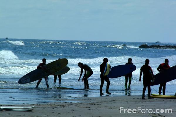 Image: Pictures of Surfing (c) FreeFoto.com. Photographer: Ian Britton