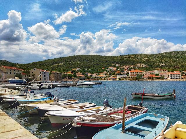 Vinjerac port w Chorwacji, niewielkie miasteczko