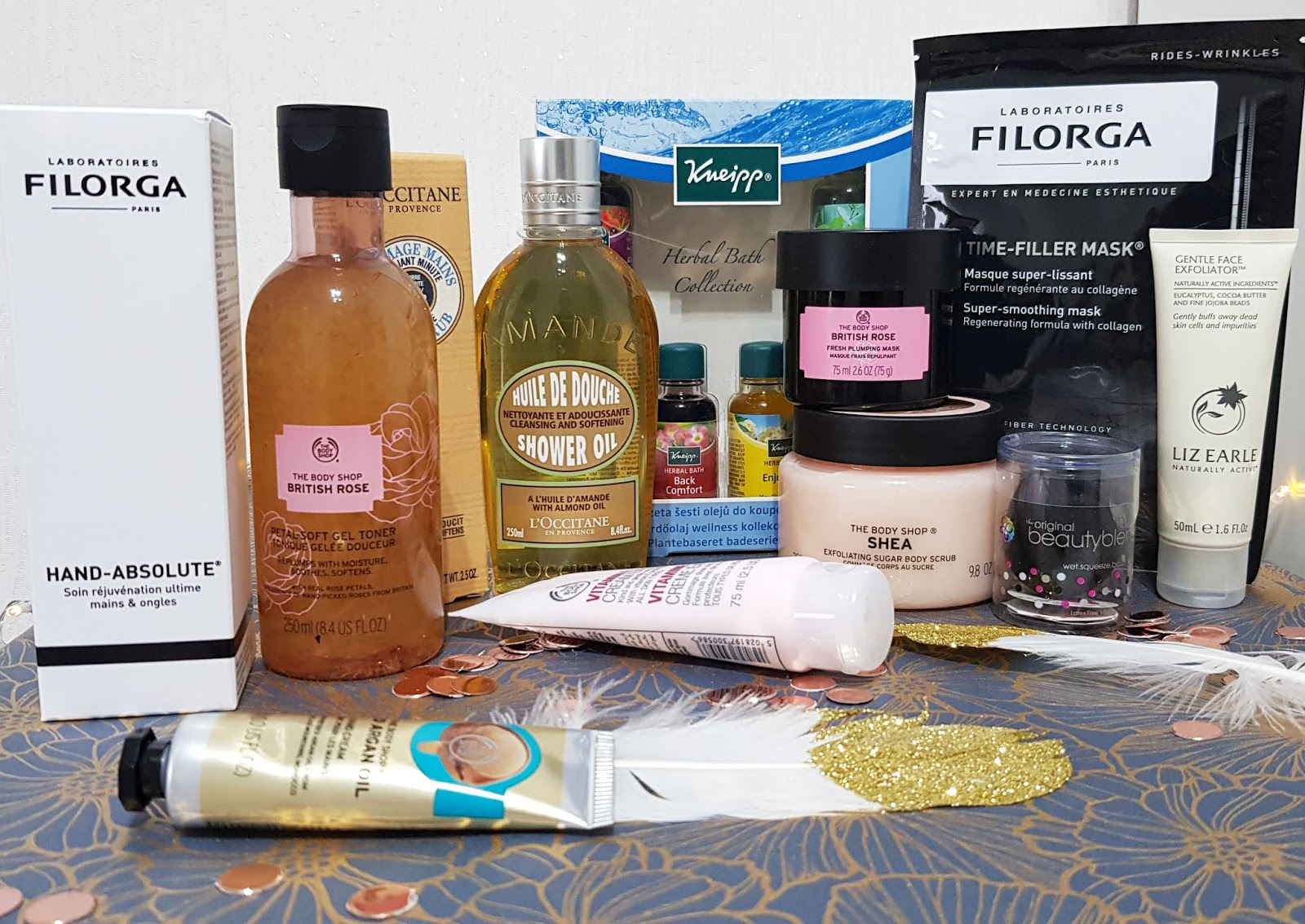 Is This Mutton? blog reviews a bumper haul of Christmas beauty products from brands including Filorga, Laura Mercier and the Body Shop. Plus the weekly beauty and fashion bloggers link up, #WowOnWednesday.