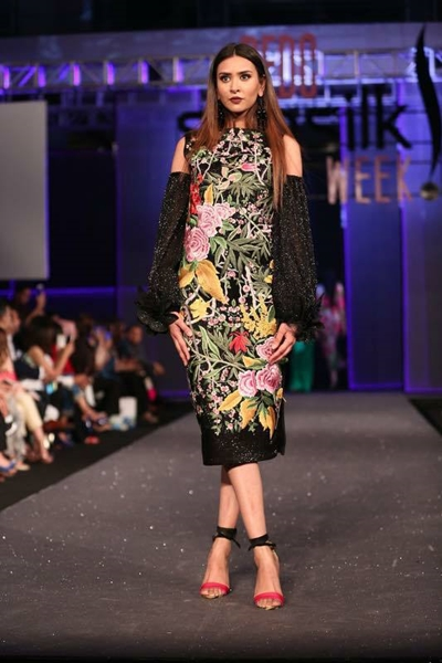 Collection Sana Safinaz Chateau Marmont PSFW 2017