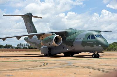 FAB recebe o KC-390