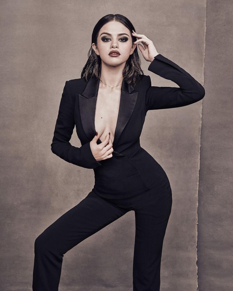 Selena Gomez sexy women and sexy girls