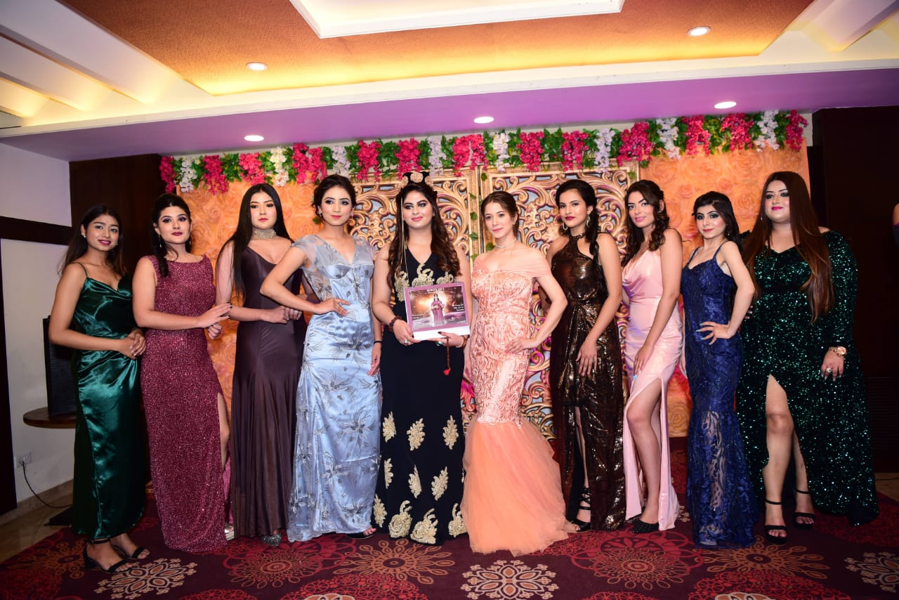 Jaipur-top-celebrity-astrologer-Sonvi-launched-their-first-and-exclusive-astrological-calender-2021