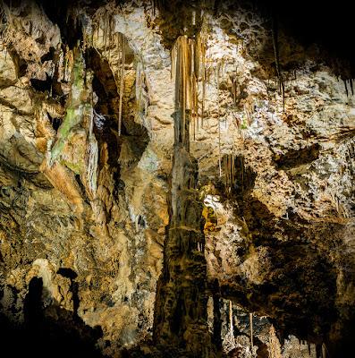 http://www.grutasdecristal.com