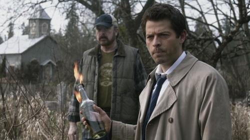 Doux Reviews: Supernatural: Swan Song