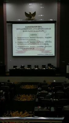 DPRD Karawang Gelar Rapat Paripurna Malam Hari
