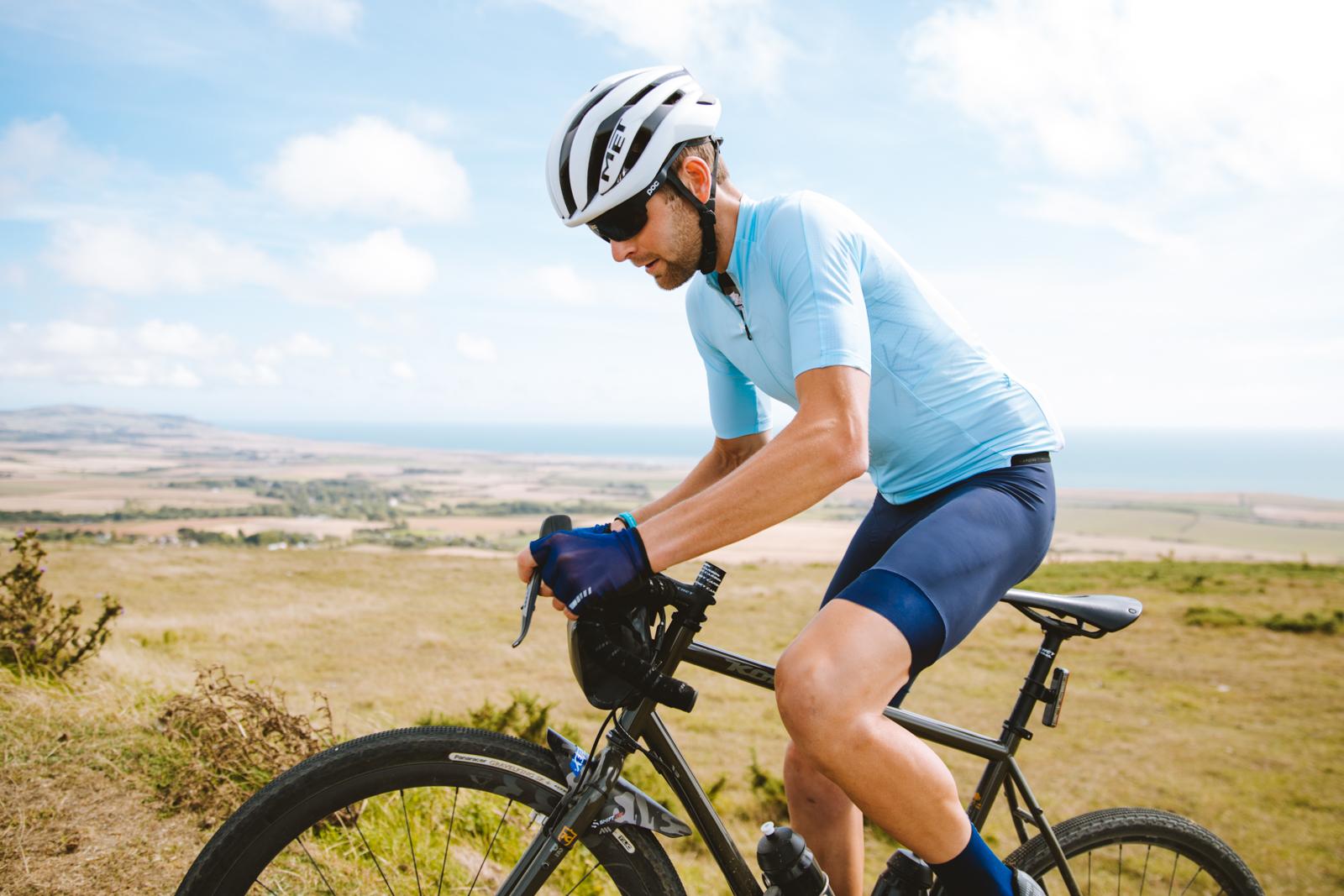 MET Trenta 3K Carbon Bicycle Helmet Wiggins