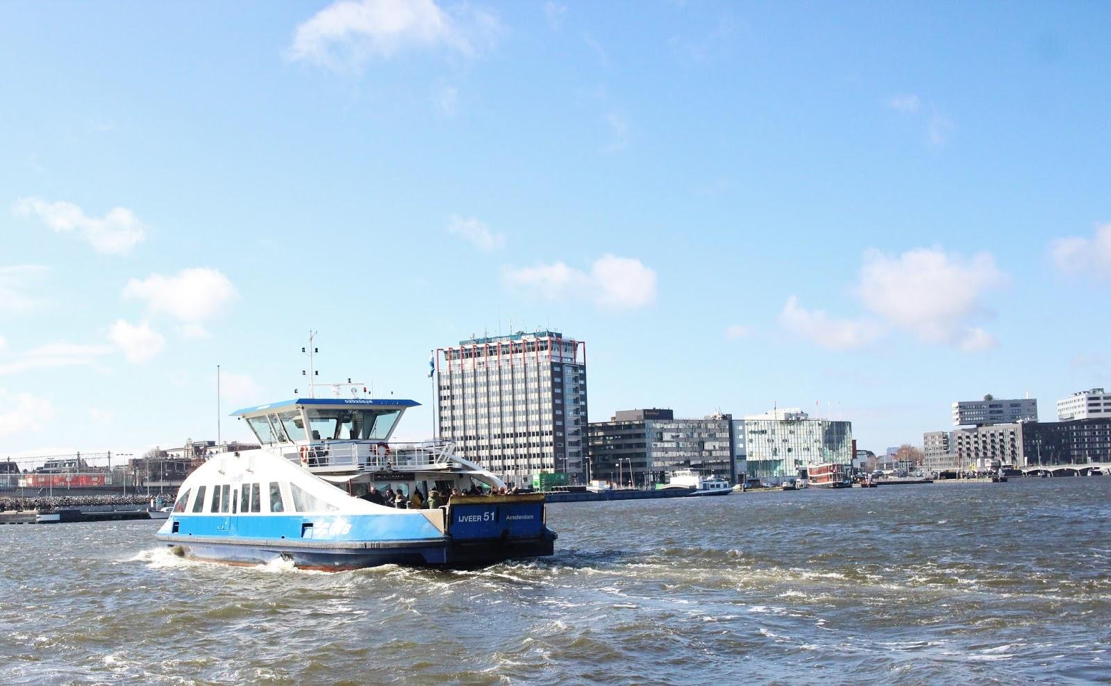 AMSTERDAM turismo ferry