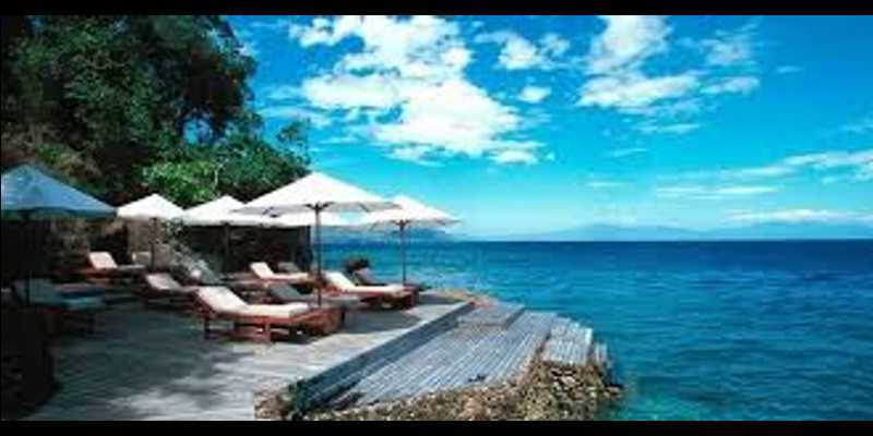 9 TEMPAT ROMANTIS Sepanjang Masa di Indonesia - Pulau Moyo