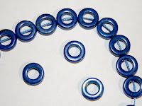 http://www.perles-nature.com/lapis-lazuli/1808-donut-lapis-lazuli-12mm.html
