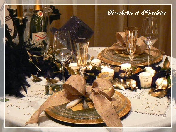 http://fourchettesetporcelaine.blogspot.fr/2015/01/table-reveillon-jour-de-lan-2015.html