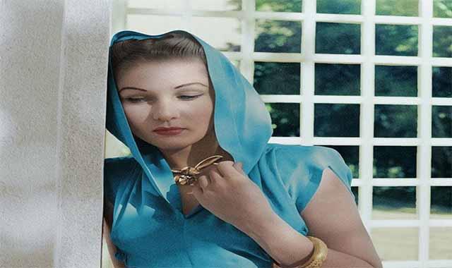 الأميرة فوزية فؤاد أجمل نساء الأرض الذي أصبح جمالها نقمة