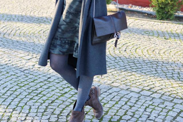 blog po 30 ce, moda, blog modowy, kobiety, styl życia, jesienna stylizacja, sukienka moro, bagsi, Gyalmo, jesienne inspiracje, jesienny płaszcz, jesienny styl, moro, novamoda style, streetstyle, CityCode, Creownia