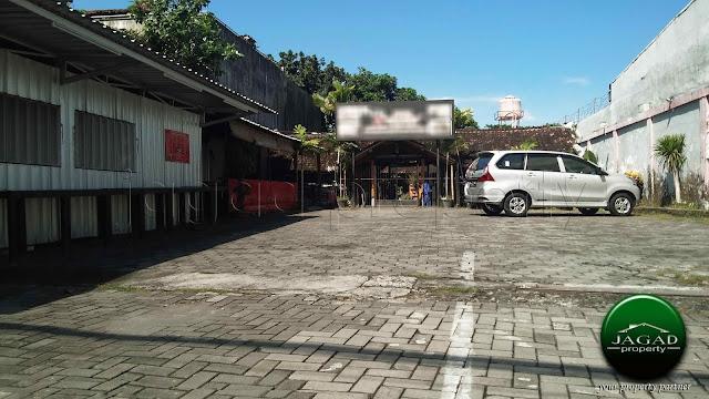 Lahan ex Rumah Makan tepi jalan Kaliurang