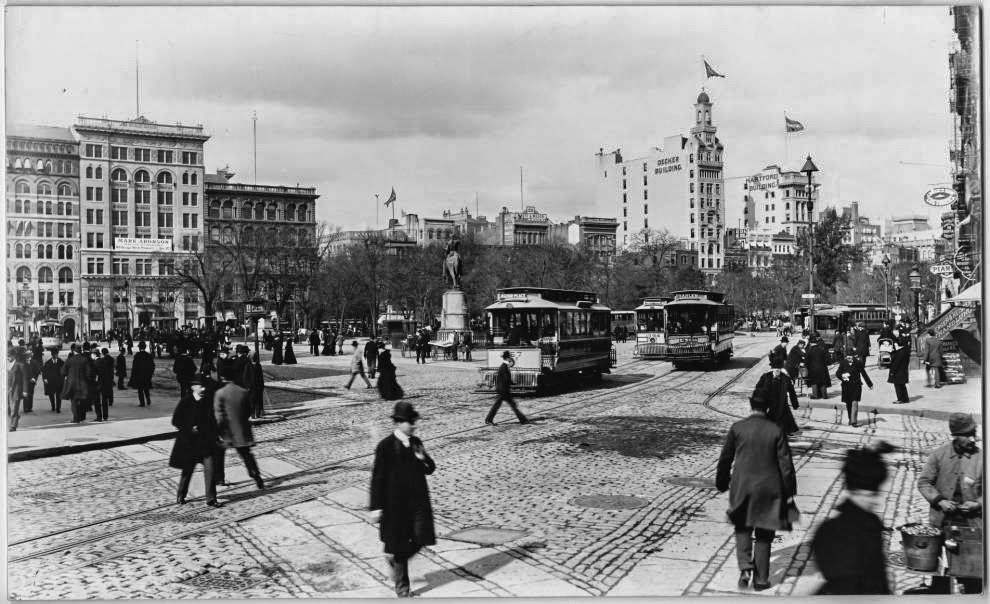 40 Amazing And Rare Vintage Photographs That Show Streets