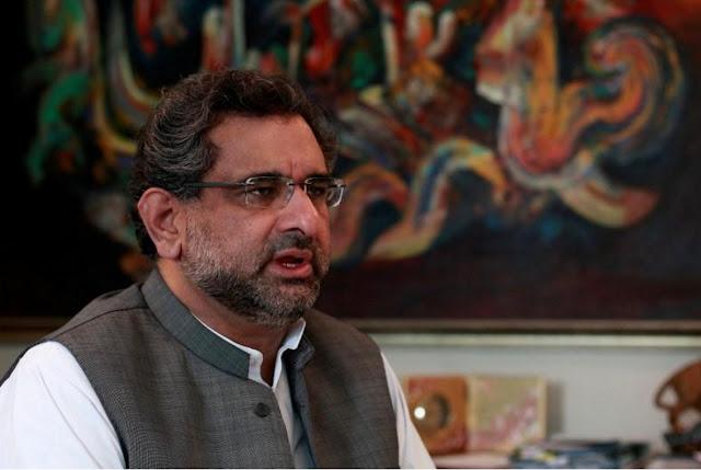 آصف شاہد: وزارتوں کے لیے کھینچا تانی، شاہد خاقان کابینہ کی جلد تشکیل میں ناکام