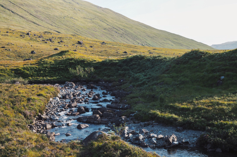 Randonnée dans les fairy pools sur l'île de Skye en Ecosse