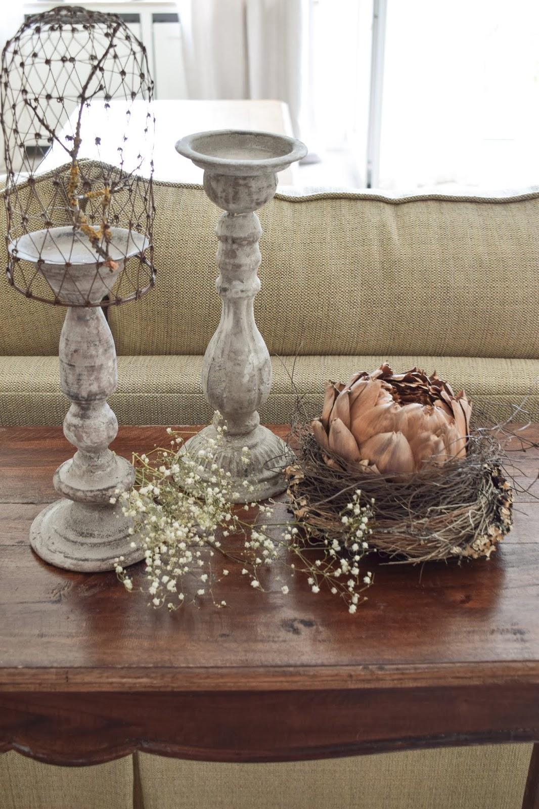 3 Dekoideen für deinen Konsolentisch und Sideboard. Natürlich dekorieren im Wohnzimmer Flur Esszimmer. Dekoidee Konsole Naturdeko  getrocknete Artischocke Kerzenhalter