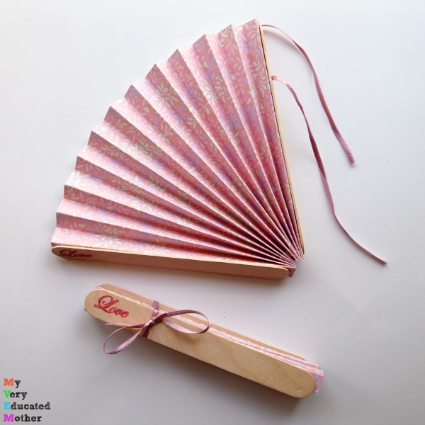 DIY Wedding Idea: FANS!!! So your guests stay cool!