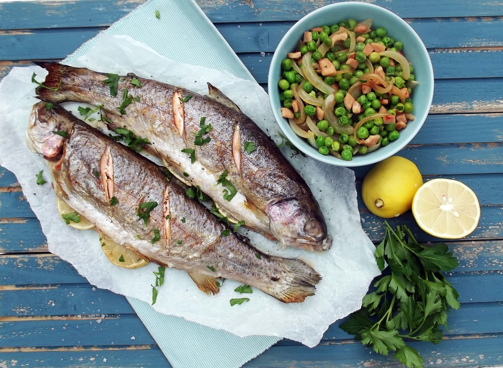 Paleo 12 weeks to change your life - two fish and a salad of peas and carrots