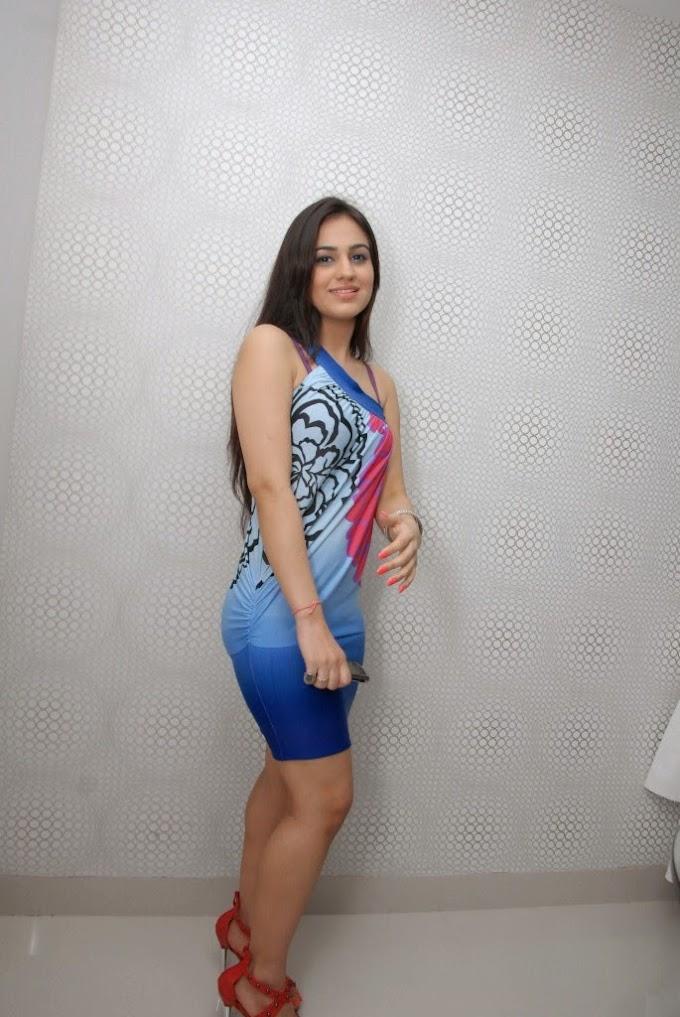 Actress Aksha High Quality Photos