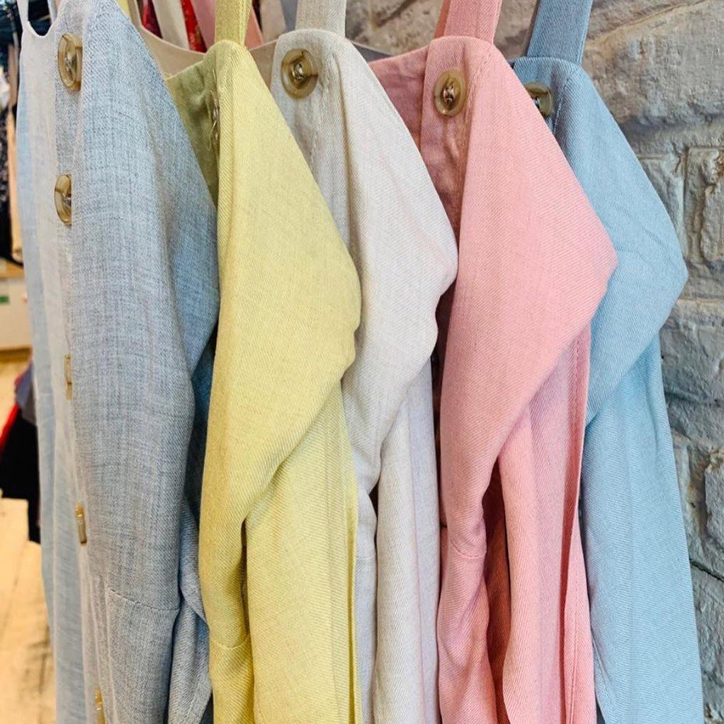 vestidos colores del verano 2021 moda mujer